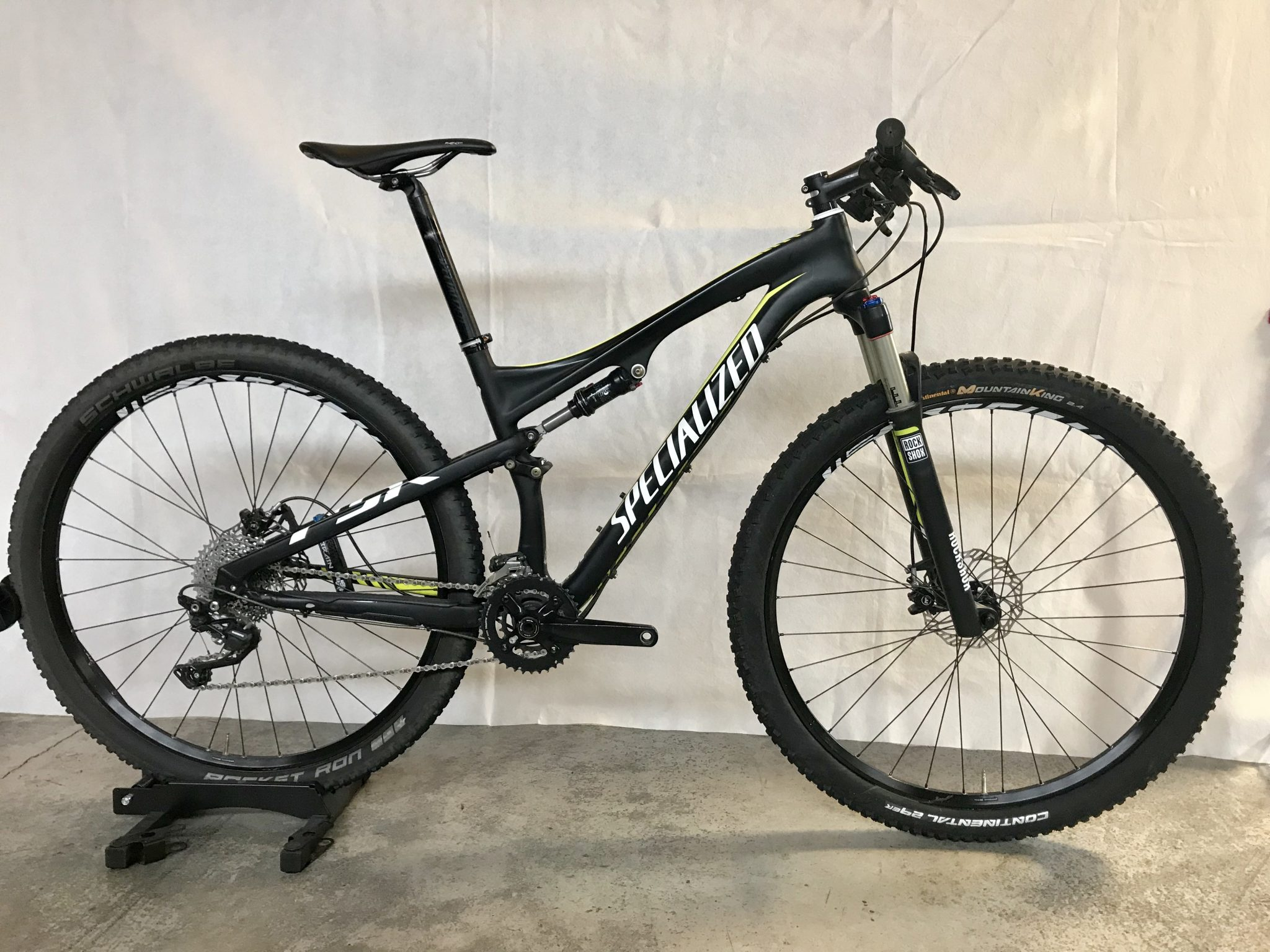 Specialized Epic Full Suspension Mountain Bike Medium 1600